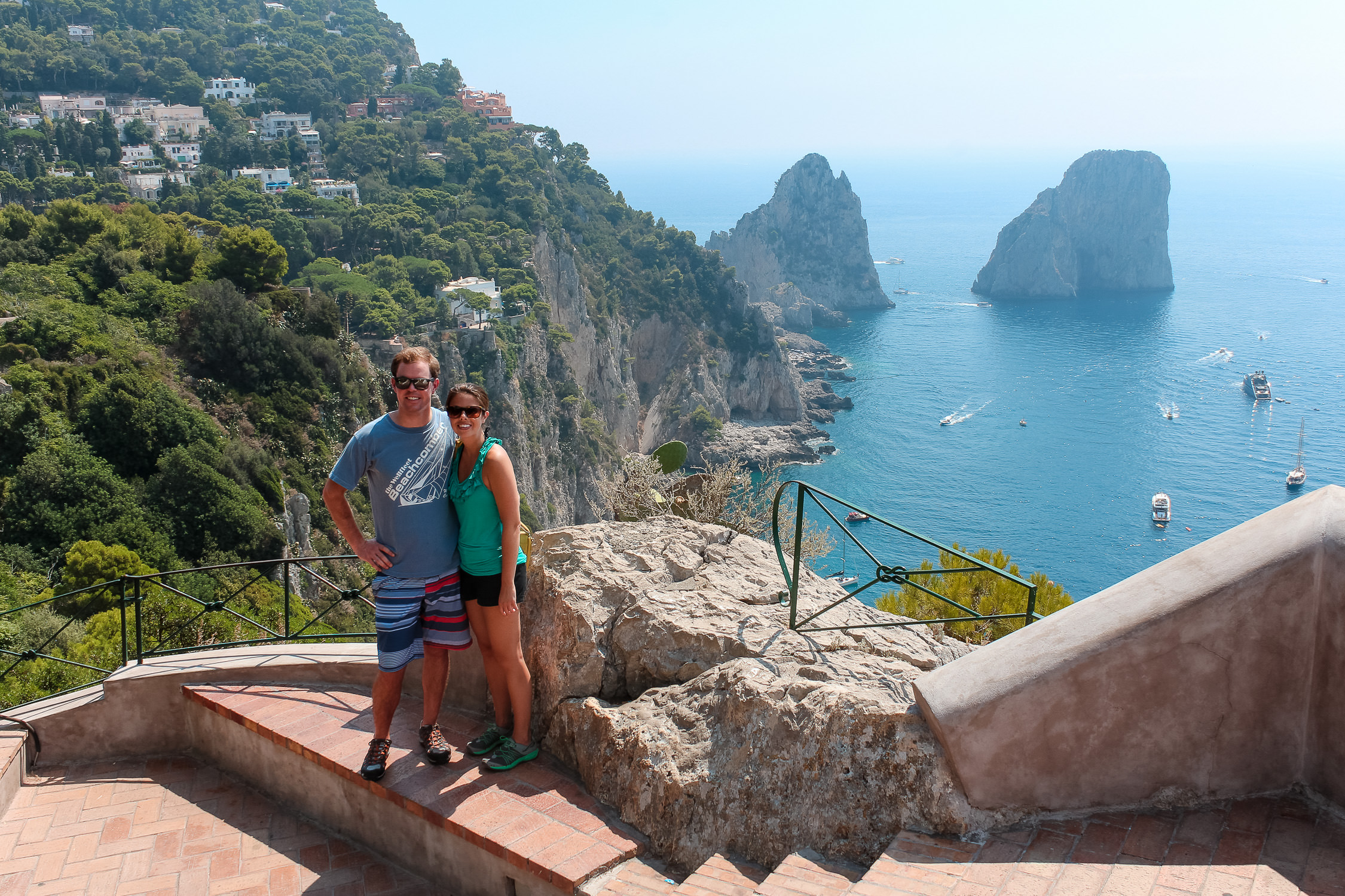 Couple-Honeymoon-Capri-Amalfi-Coast-Italy_0001
